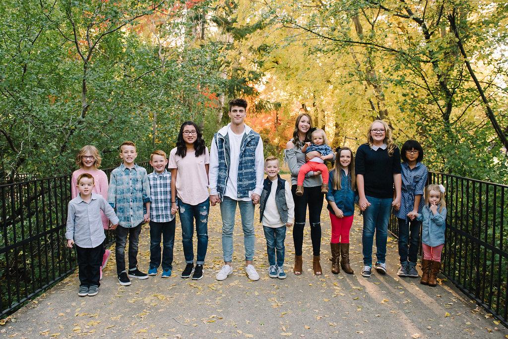 Utah in the Fall Extended Family 10
