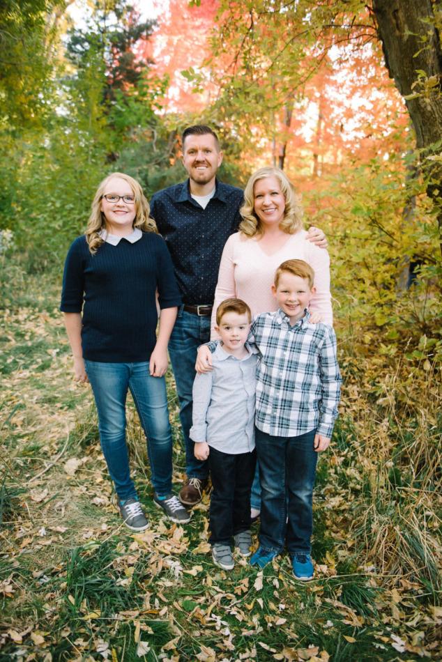 Utah in the Fall Extended Family 14