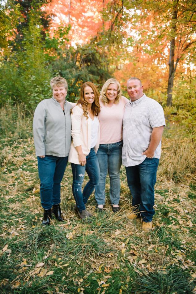 Utah in the Fall Extended Family 33