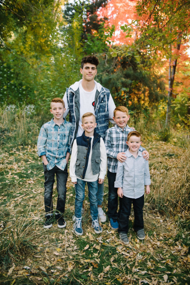 Utah in the Fall Extended Family 35
