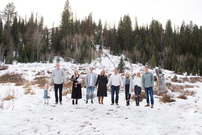 Salt Lake city Extended family in the snow